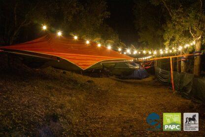 Pernotto in tenda durante il campo estivo
